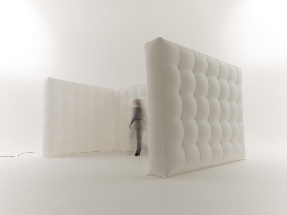 Mässvägg Inflate Wall, hyra, uppblåsbar mässvägg, uthyrning