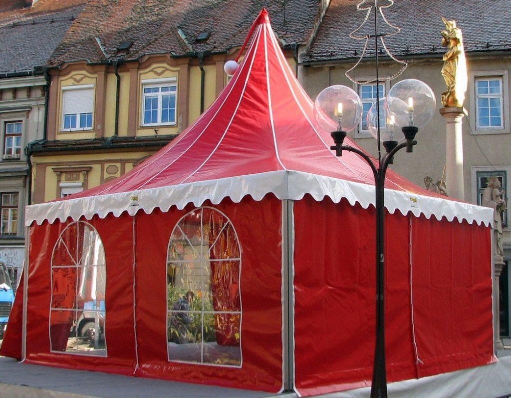 Rött tält för julfest - uthyrning