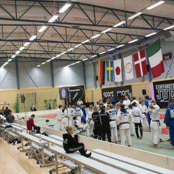 25. Staffanstorp Judoklubb: Läktare Tip-n-Sit uthyrd till judoklubb.
