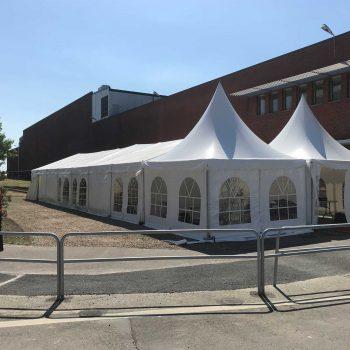 28. Tetra Pak: Olika tält kombinerade till inbjudande företagsevent, hyrt av Evivent.