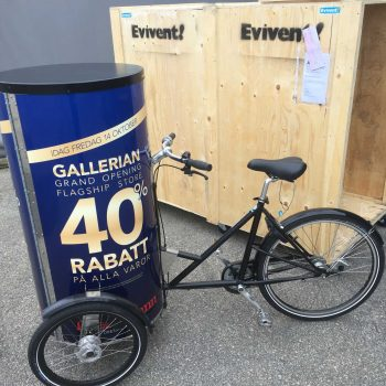 48. Gallerian: Cykelreklam med valfritt budskap uthyres.