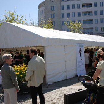 6. Hyresgästföreningen: Tält uthyrt för informationsdag.