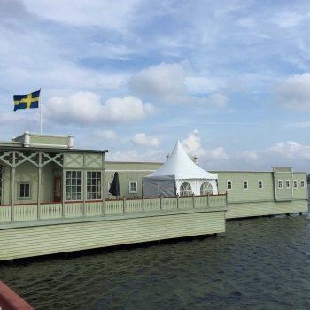 7. Kallbadhuset: Topptält uthyres.