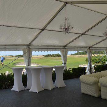 9. Falsterbo Golfklubb: Festtält, loungemöbler, soffor, ståbord med stretchöverdrag, taklampor att hyra.